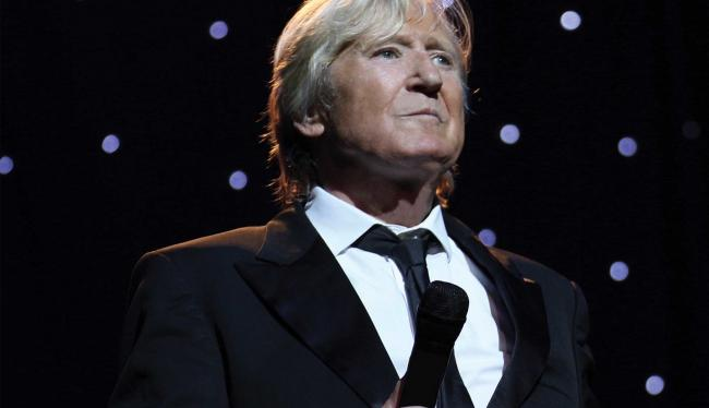 The venerable Joe Longthorne will take to the stage in Venue Cymru this August