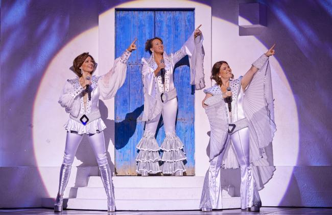 MAMMA  MIA! International Tour Cast