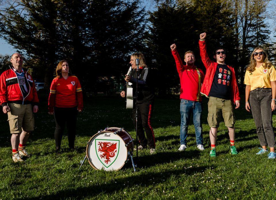 Bilder von Shimrows Red Wall Anthem und Video werden am Freitag veröffentlicht.  Foto: FAW /
