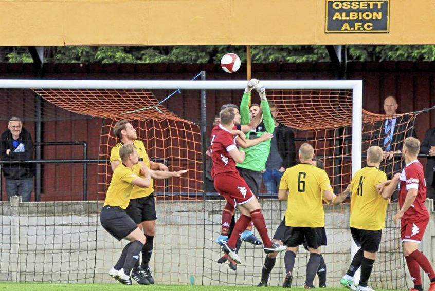 Colwyn Bay suffered defeat at Mossley