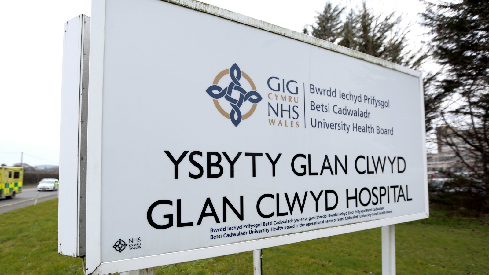 "A Colwyn Bay man died after a vein was ""nicked"" while a chest drain was being inserted in him iat Glan Clwyd Hospital,"