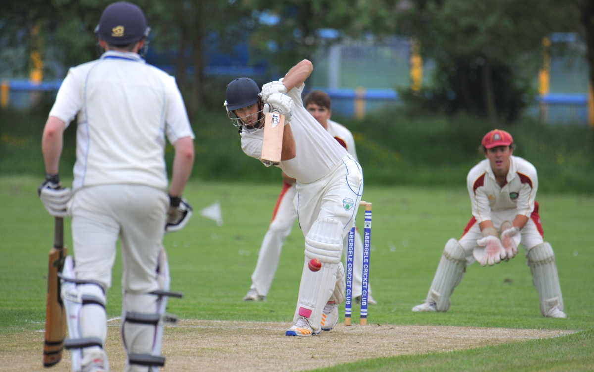 Mochdre secured promotion on the final day of the Division One season