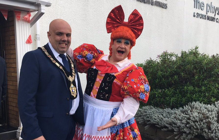 Mayor Stephen Williams with 'The Dame'. PIC: Magic Light Productions.