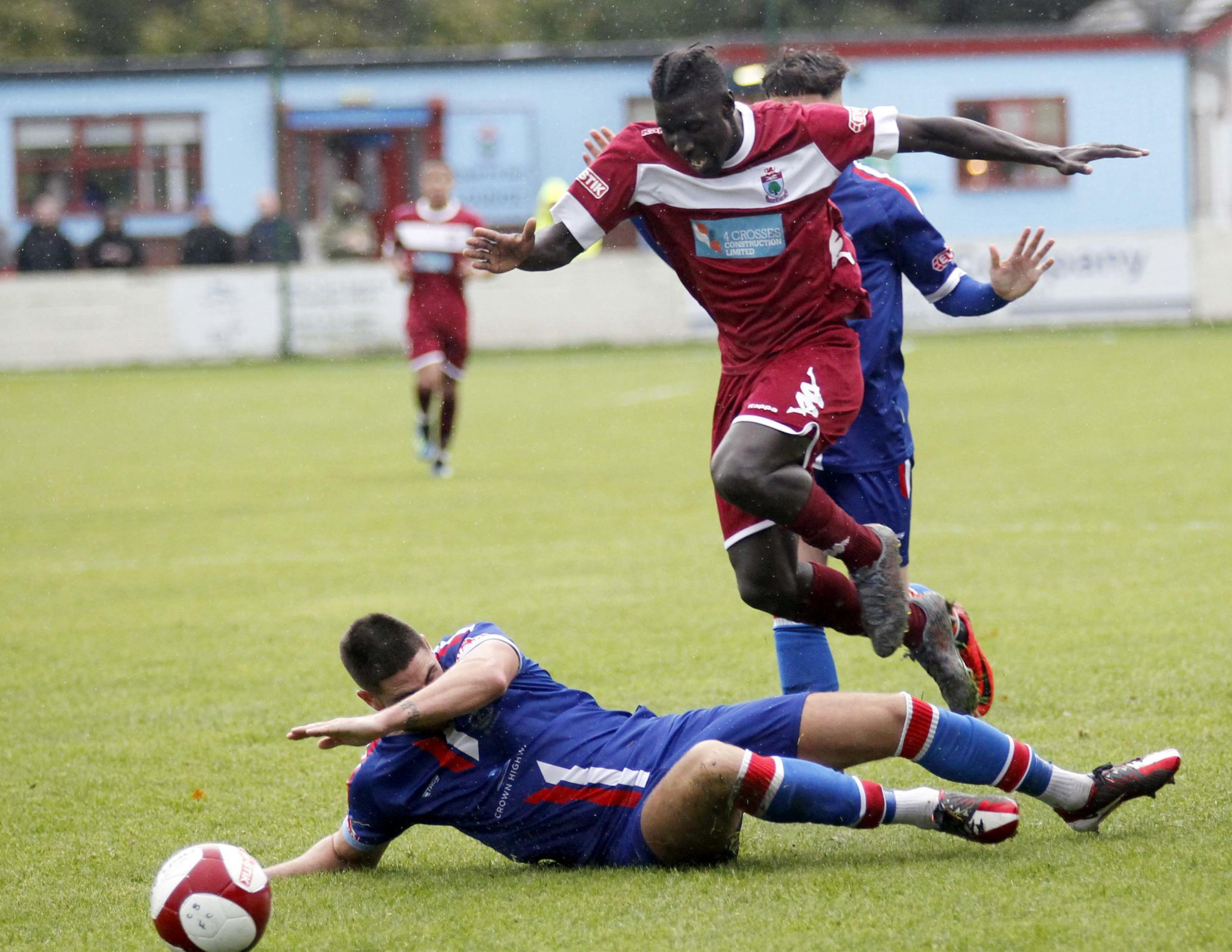 Lassana Mendes set up Astley Mulholland's leveller Colwyn Bay against Droylsden (Photo by Dave Thomas)