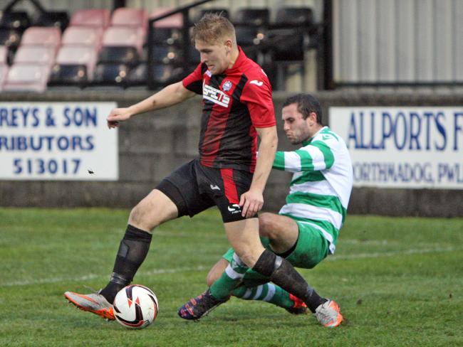 Porthmadog suffered a late loss at Buckley Town