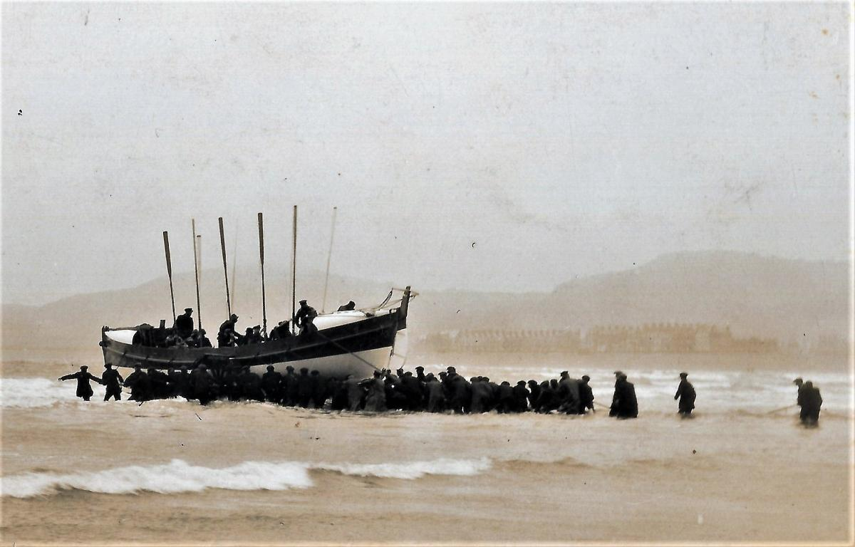 One hundred years ago Llandudno lifeboat saved the crew of a foundering  coaster f58012f0dc0