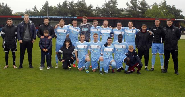 Colwyn Bay line up for their final English league fixture (Photo by Dave Thomas)