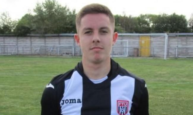 Aron Jones has joined Llandudno from Flint Town United